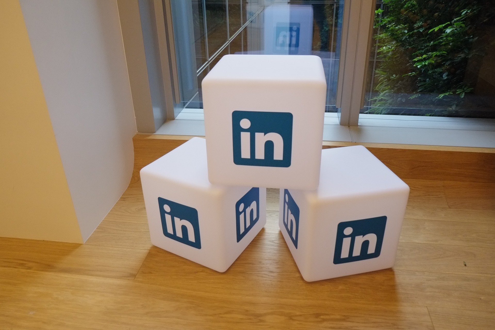Waarom adverteren op LinkedIn en hoe werkt het?